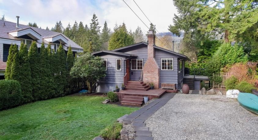 4584 Cliffmont Road, Deep Cove, North Vancouver