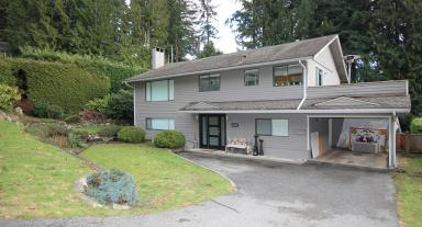 559 Dolores, Upper Delbrook, North Vancouver